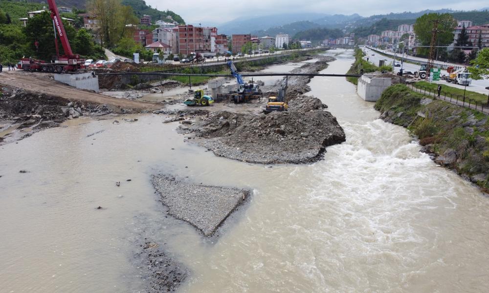 Sanayi Köprüsü Bitme Aşamasına Geldi.